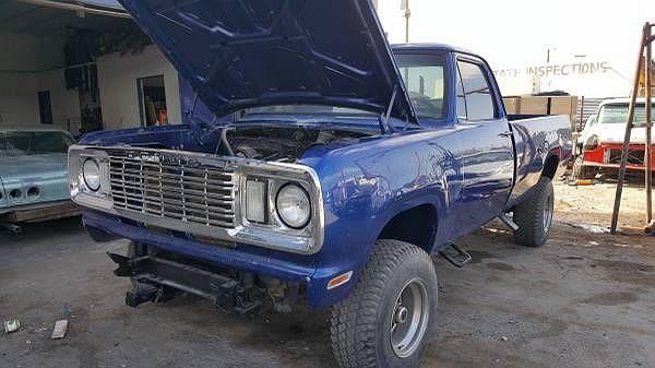 1977 Dodge Power Wagon