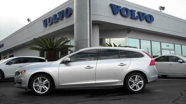 2015 Volvo V60 T5 Premier Plus
