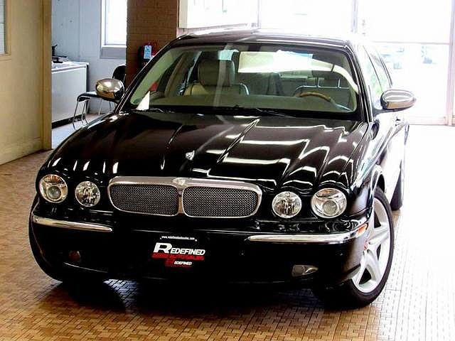 2005 Jaguar XJ Super V8