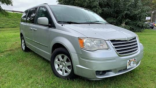 2010 Chrysler Town & Country Touring