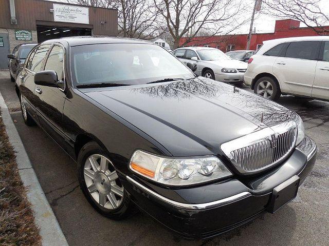 2011 Lincoln Town Car Executive L
