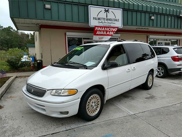 1996 Chrysler Town & Country LXi
