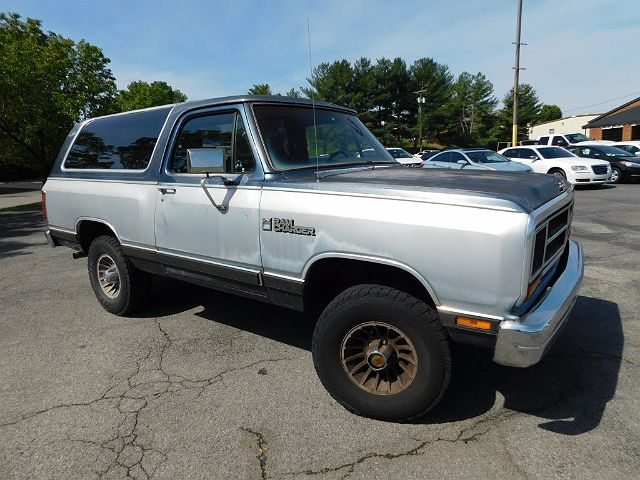 1987 Dodge Ramcharger 100