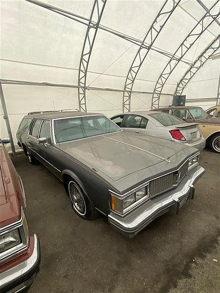 1986 Oldsmobile Custom Cruiser